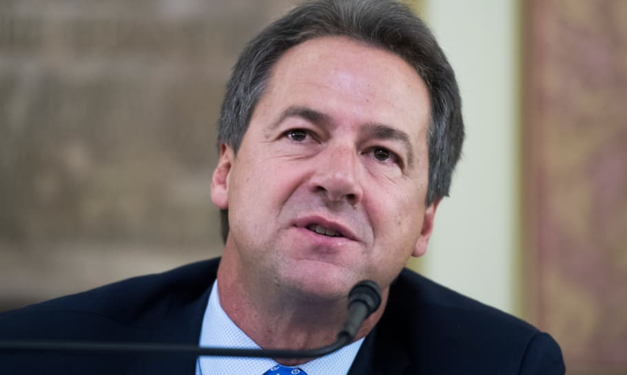 Montana's Governor Faces Decision to Sign Two Sports Betting Bills