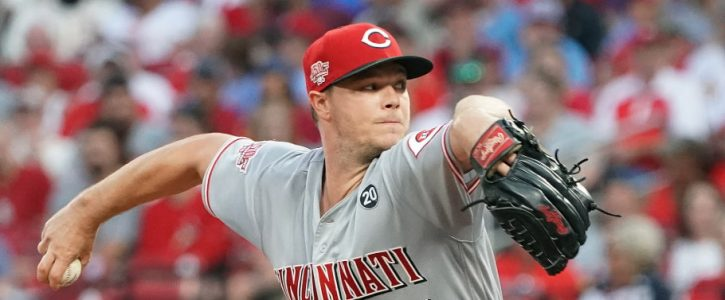 New York Mets vs Cincinnati Reds: Predictions, Odds and Roster Notes
