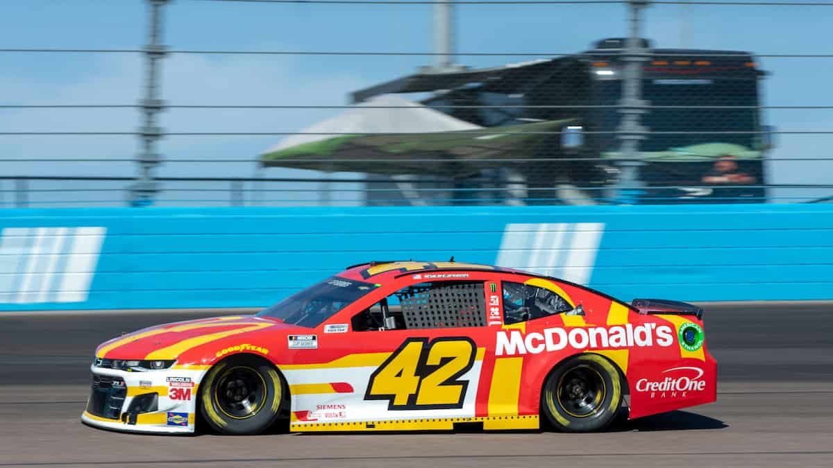 South Point 400 Predictions, Betting Odds and Picks (Cup Series)