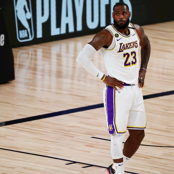 Los Angeles Lakers Sunday White