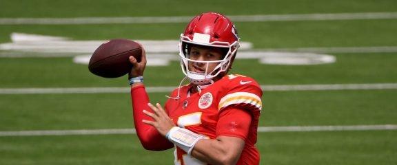 Kansas City Chiefs vs Denver Broncos Predictions, Odds & Picks