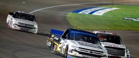 3 Series Playoff Weekend at Texas Features Sunday Doubleheader with NASCAR Cup & Trucks