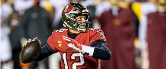 Tampa Bay Buccaneers vs New Orleans Saints Predictions & Odds