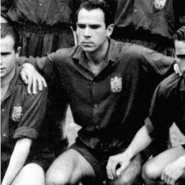 Telmo Zarra (251 Goals)