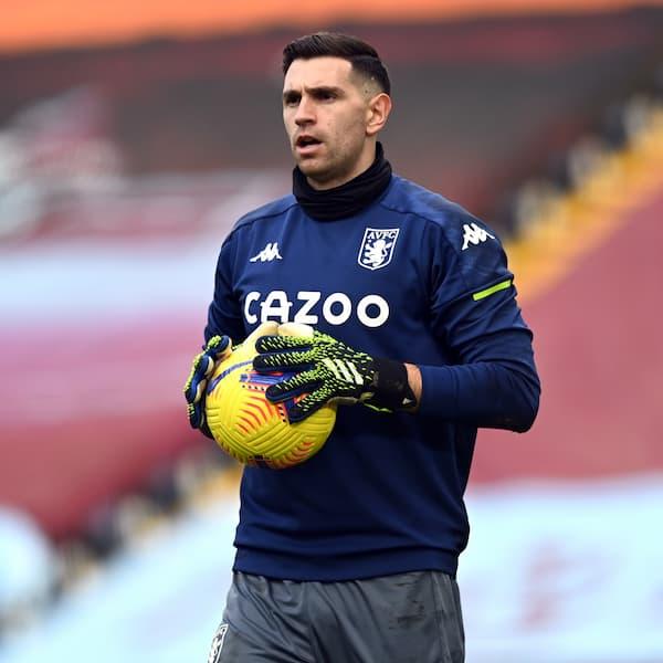 Emiliano Martinez (Aston Villa)