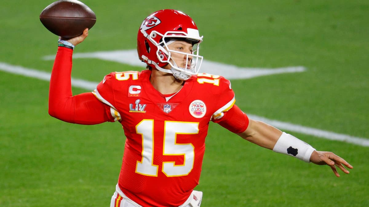 NFL Playoffs Odds 2021: Odds to Make the Playoffs, Picks, Predictions