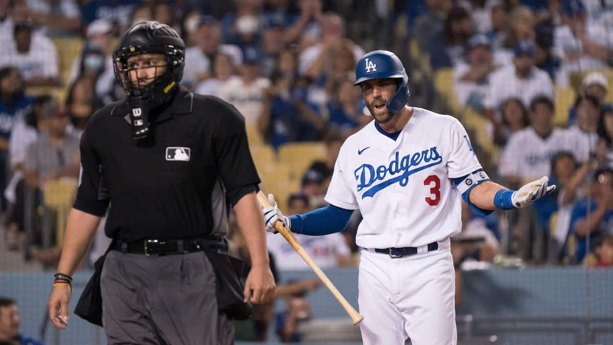 Los Angeles Dodgers vs San Diego Padres Predictions, Betting Odds & Picks