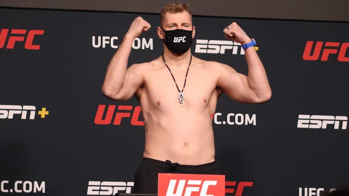 UFC Fight Night Gane vs Volkov Predictions, Picks, Betting Odds