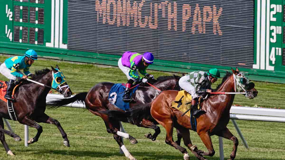 Best Horse Racing Picks This Weekend: Saratoga, Del Mar, Monmouth Park