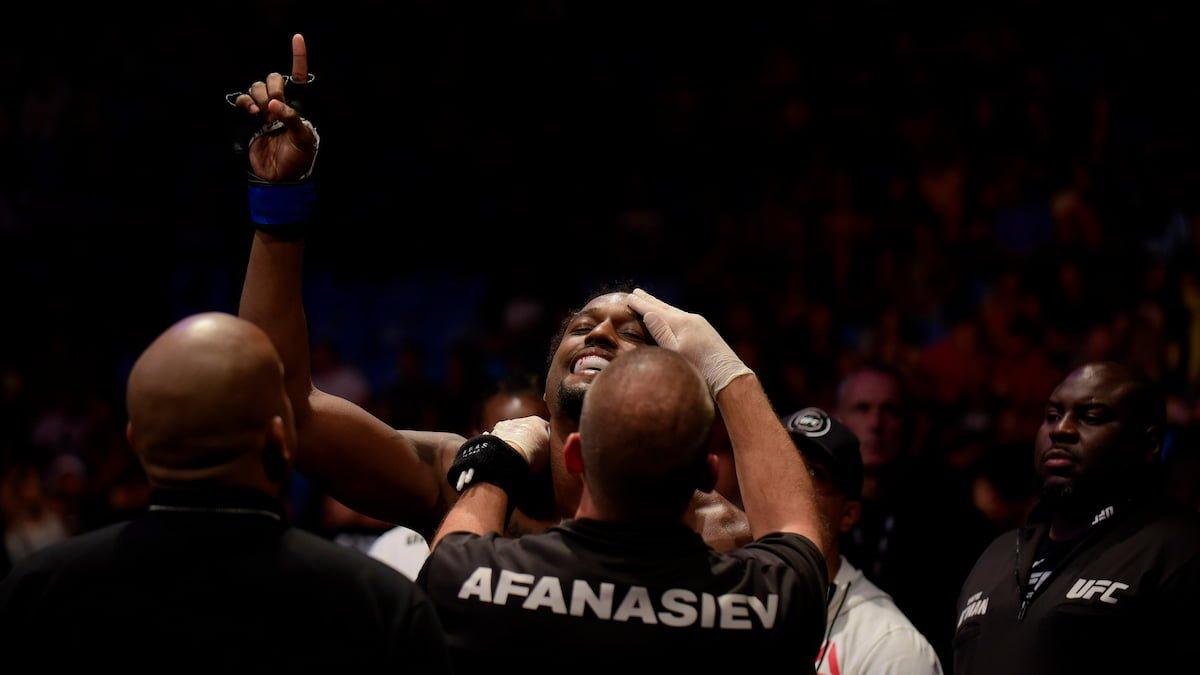 UFC Fight Night: Smith vs Spann Predictions, Odds & Picks