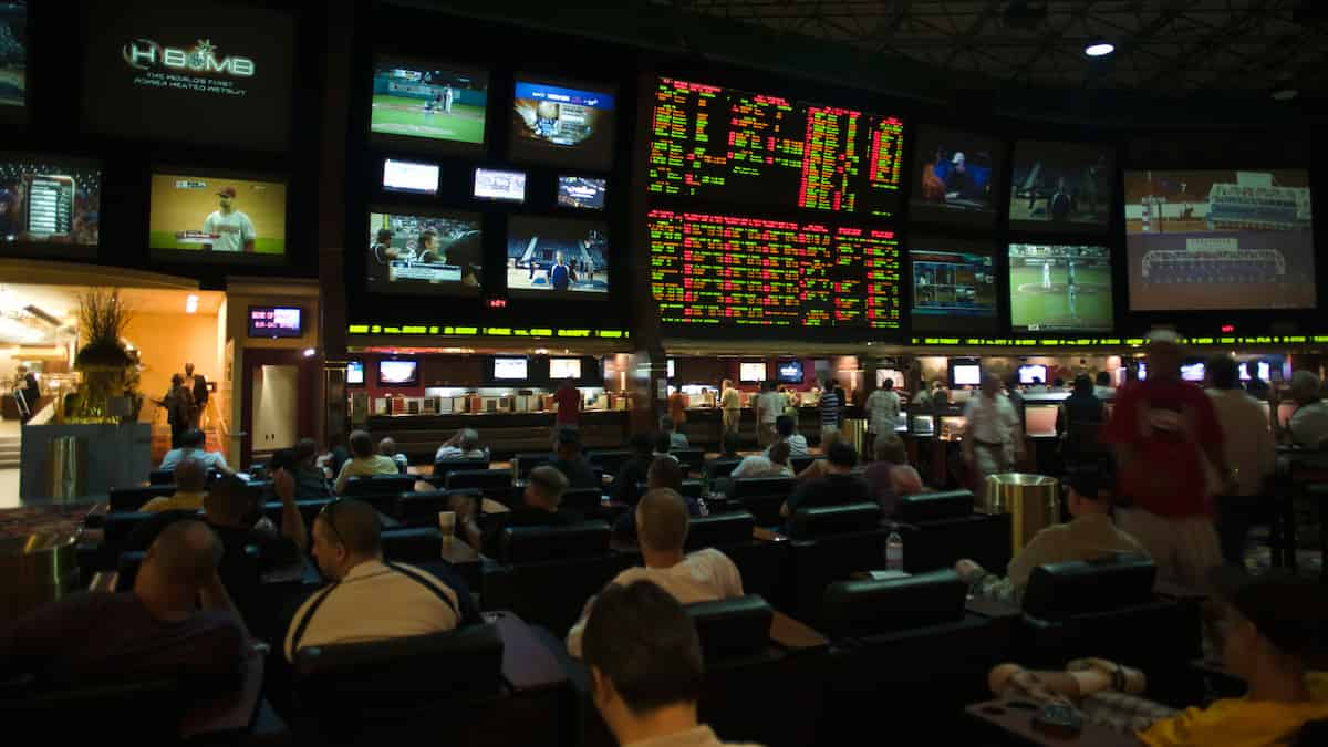US Domestic Sports Betting Revenue Projected to be $7B by 2025