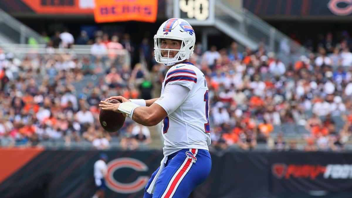 Buffalo Bills vs Tennessee Titans Predictions, Odds, Picks MNF